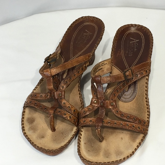 Jarra entregar A menudo hablado  Clarks Shoes | Clarks Artisan Sandals Thongs Whip Stitch Sz 85 M | Poshmark
